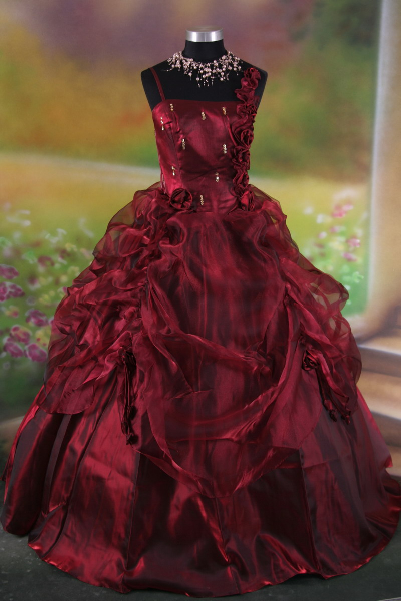 Full size photo of back click here for Vintage gothic wedding dresses